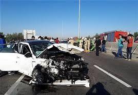 تصادف شدید زنجیره ای در اتوبان تهران - قم