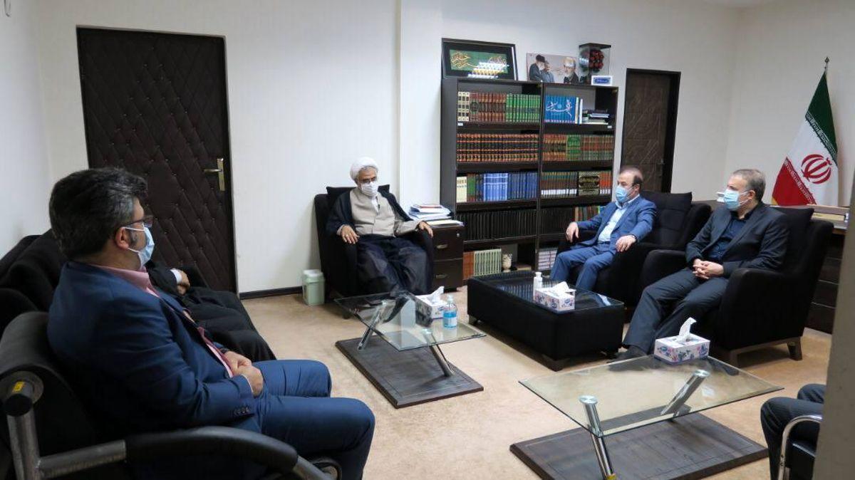 دیدار مدیرعامل فولاد هرمزگان با امام جمعه بندرعباس و نماینده ولی فقیه