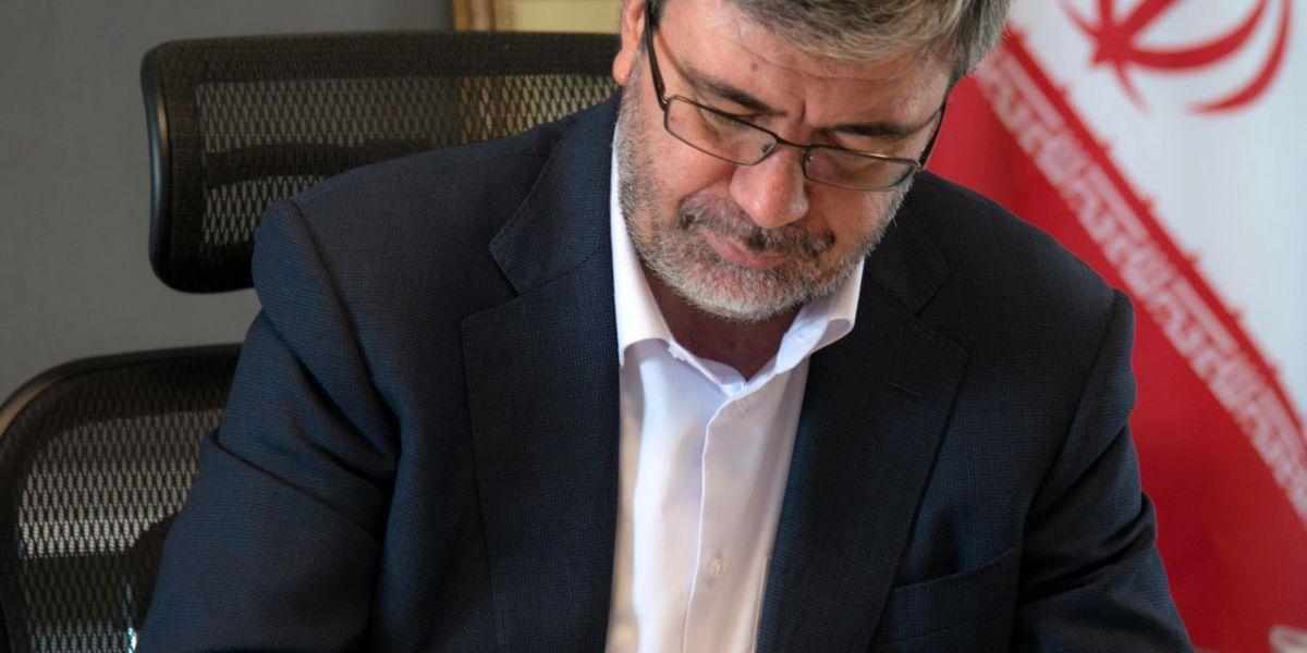 دکتر جباری فرارسیدن روز کارمند را تبریک گفت