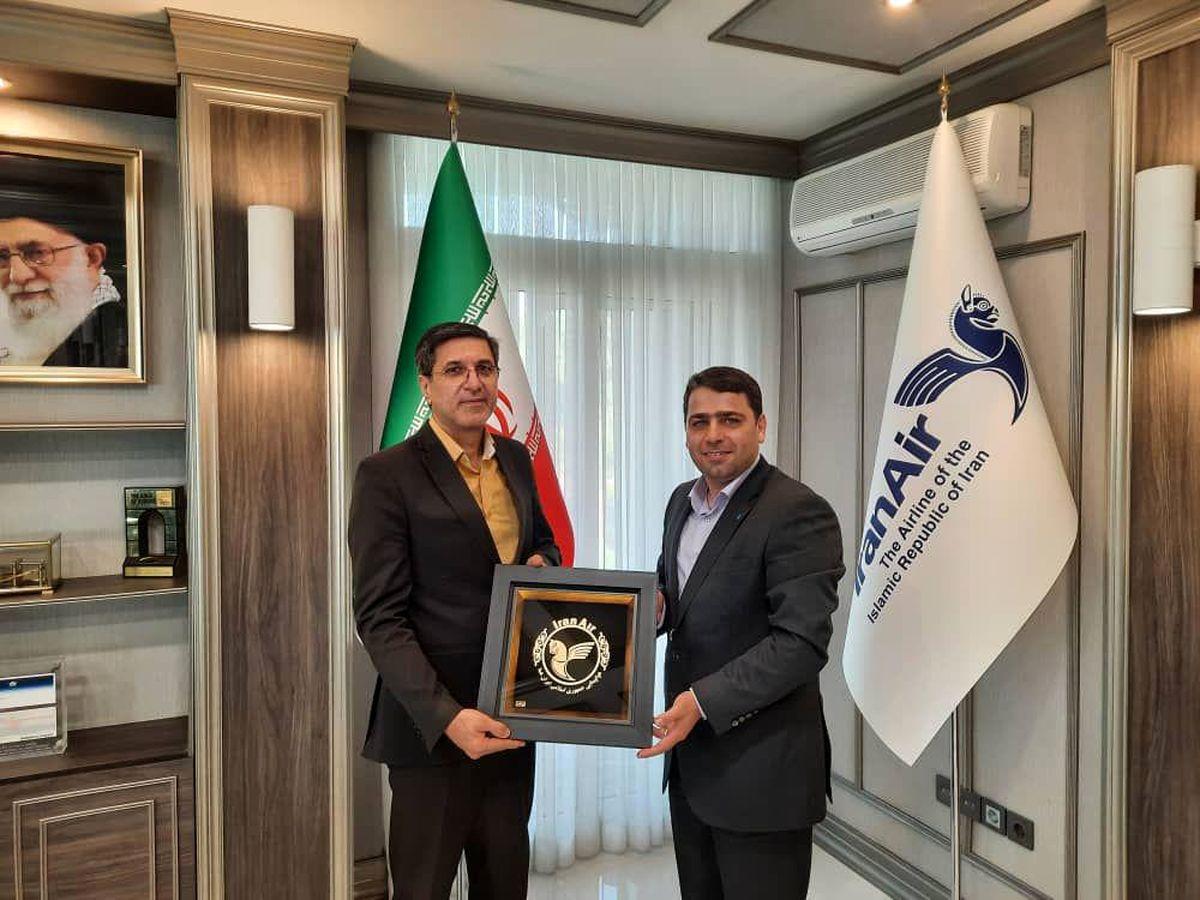 مدیرعامل شرکت بیمه حکمت با مدیرعامل هواپیمایی جمهوری اسلامی ایران دیدار کرد