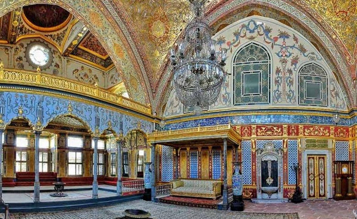 تور لحظه آخری استانبول چه تفاوتی با تور معمولی دارد؟