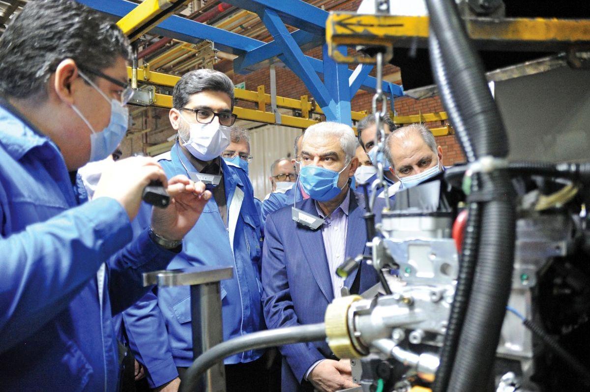 منفعت برنامههای توسعهای ایرانخودرو متعلق به مردم است