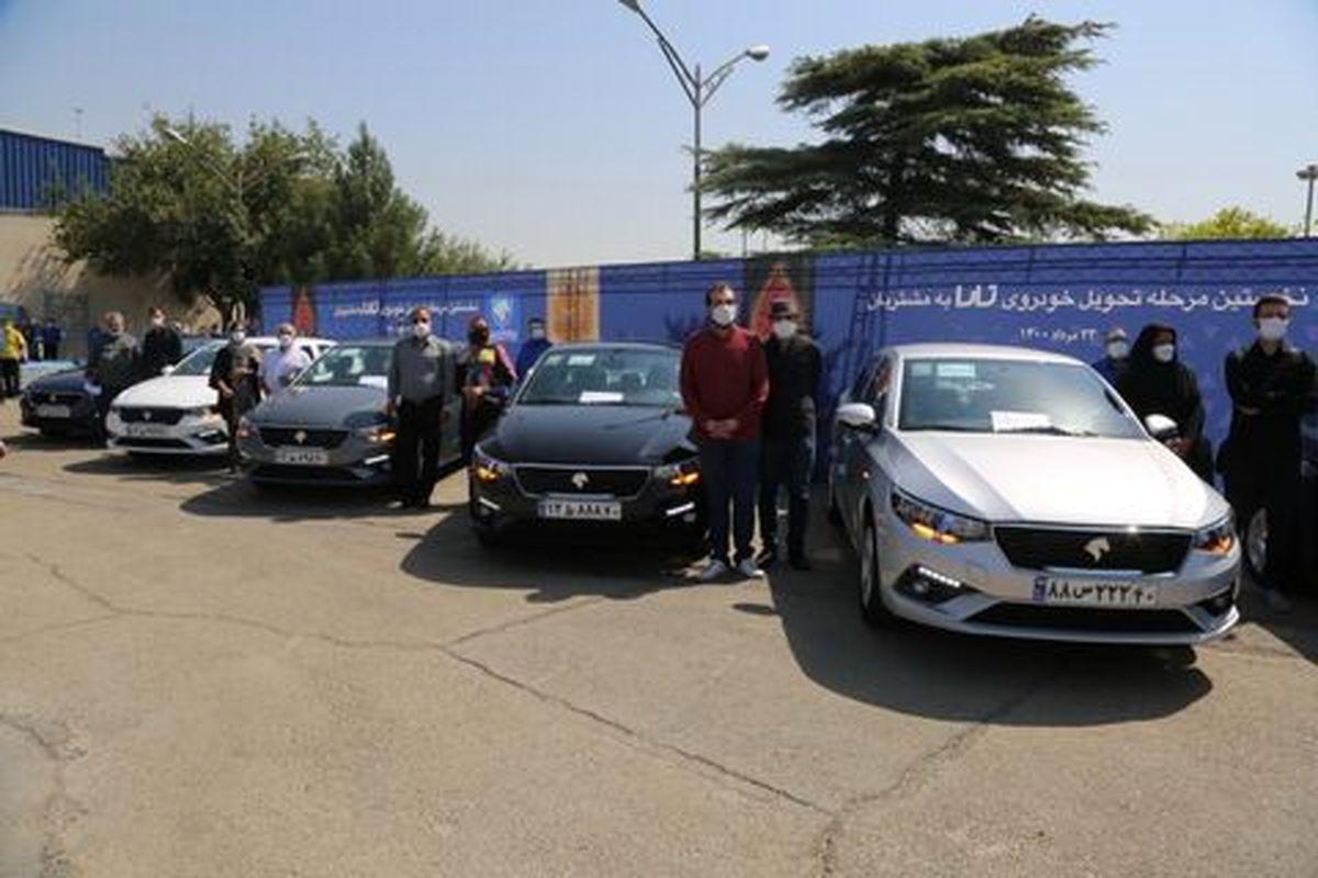 هنرنمایی آبی پوشان ایران خودرو از خنثی سازی تحریم ها تا طراحی و تولید ستاره ایرانی