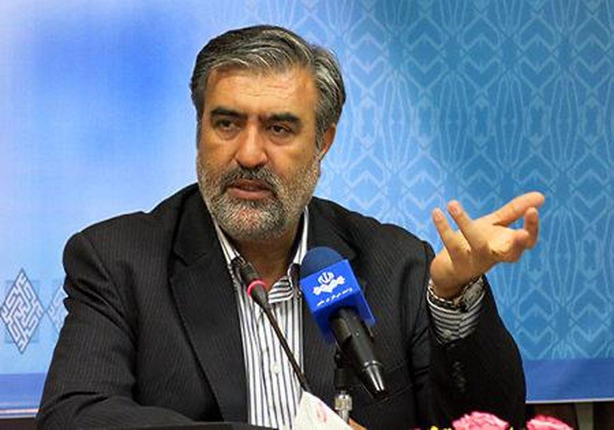 زیرساخت های ارتباطی در شیراز بسیار ضعیف است