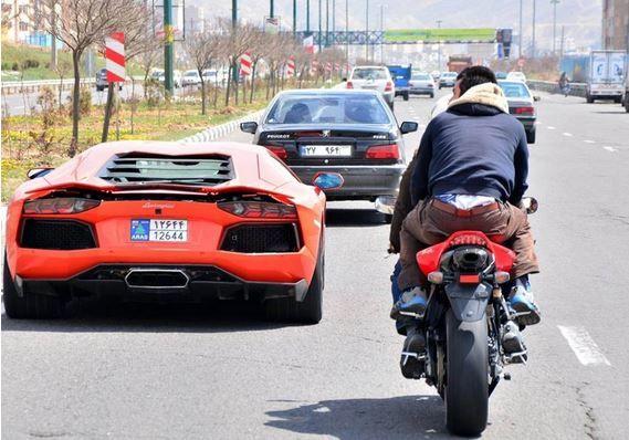 (گزارش) بعد از خودرو نوبت به موتورسیکلت رسید؛ رشد نجومی قیمت ها در بازار فروشتاخت و تاز قیمت موتورسیکلت در بازار/ واکاویی رکودی که گریبانگیر شده است/ خودرو و موتورسیکلت دست نیافتی شده اند