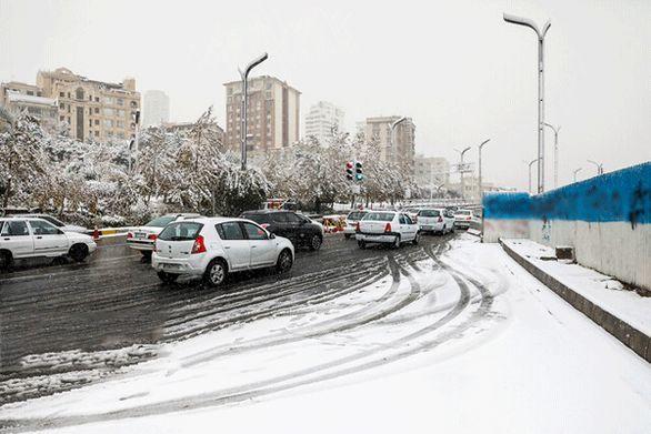 بارش برف کشور را فرا میگیرد