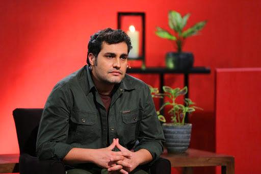 امیرمحمد زند : عرصه هنر به دلیل شیوع بیماری کرونا کاملا متوقف شده » رویداد ایران | Ruydadiran