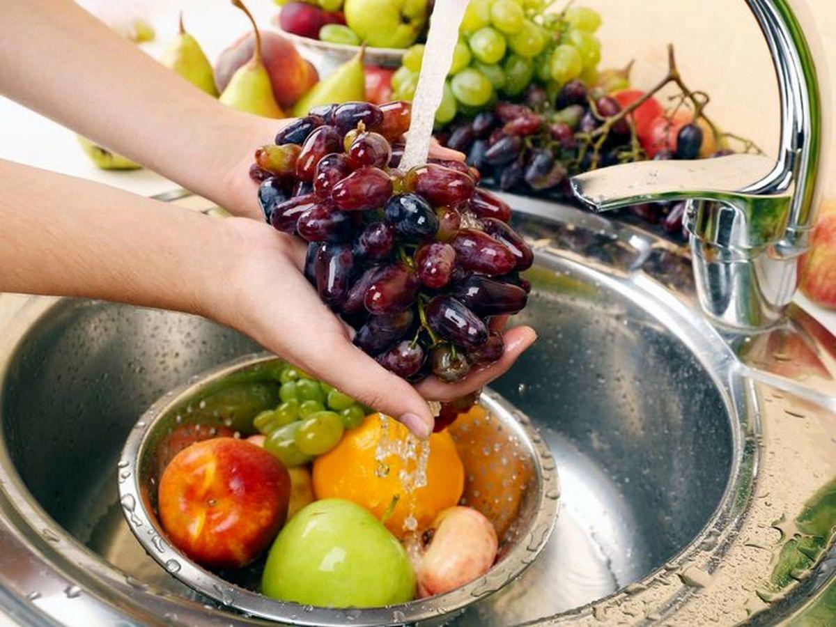 بدترین روش برای ضدعفونی کردن میوه ها و سبزی ها