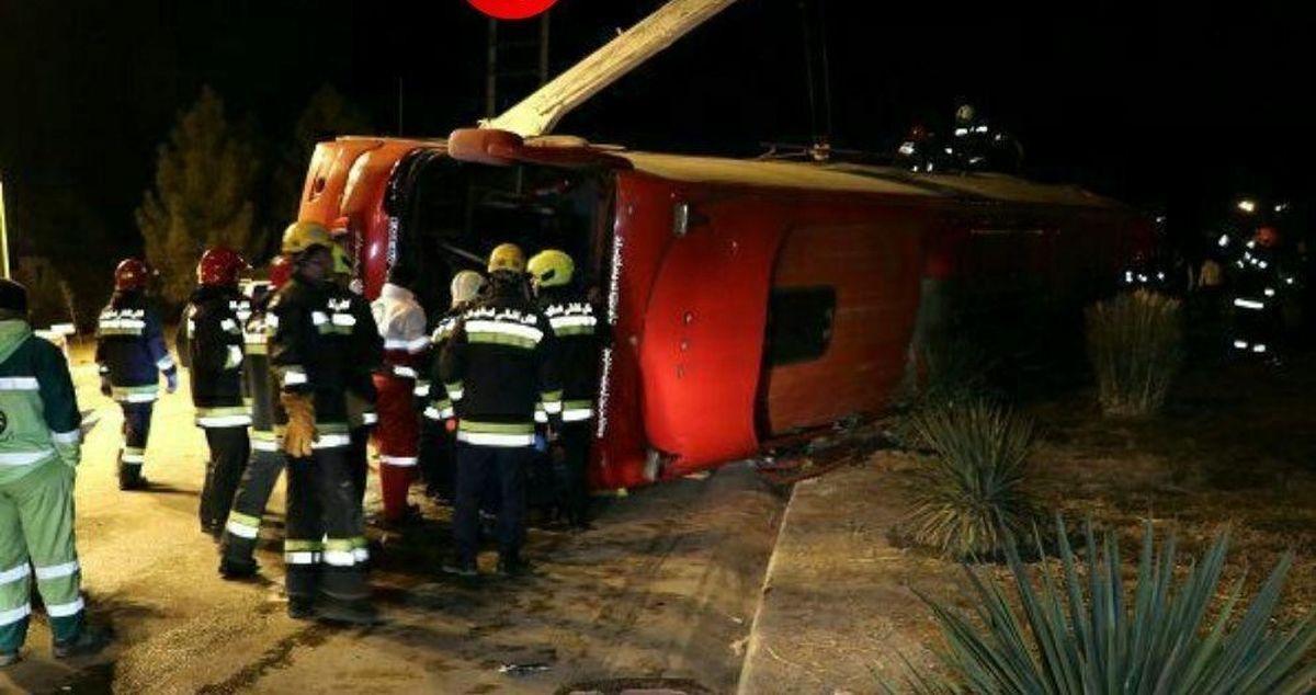 جزئیات واژگونی اتوبوس در مبارکه اصفهان با ۳۰ کشته و زخمی