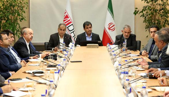 ایمیدرو و سازمان فضایی ایران تفاهمنامه همکاری امضا می کنند