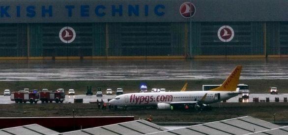 وقوع حادثه برای هواپیمای مسافربری در فرودگاه استانبول