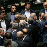 جنجال در جلسه رای اعتماد رزم حسینی