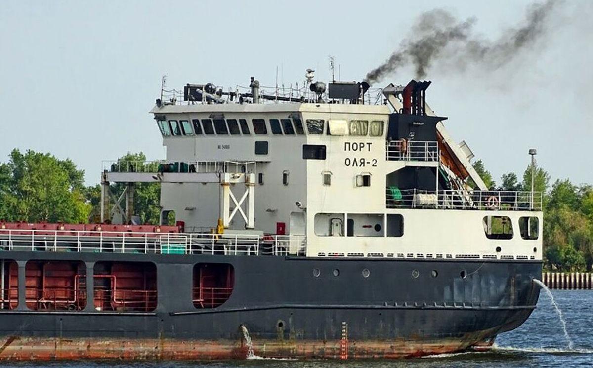 جزئیات به گل نشستن یک کشتی ایرانی
